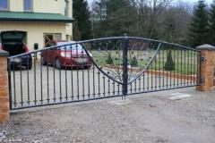 GAM- 2 Yard gate THREE BRANCHES