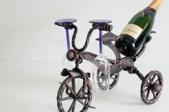 Vīna pudeles turētājs ritenis TRĪSRITENIS nr. 8