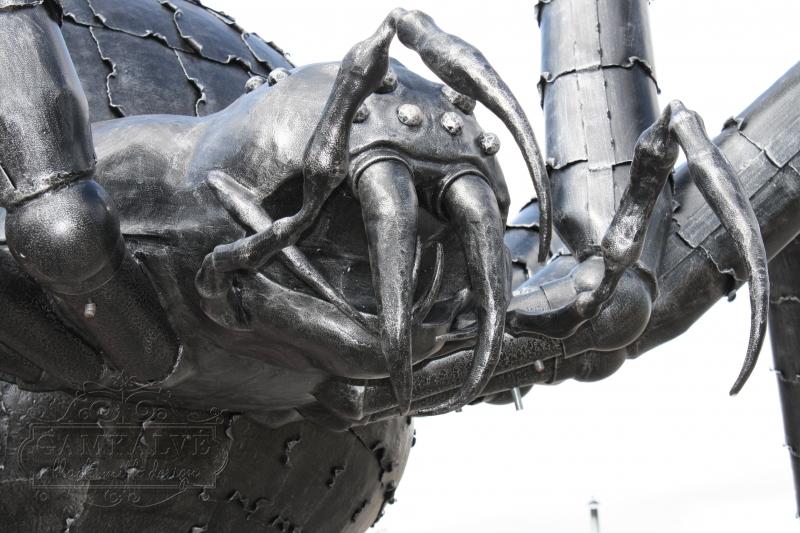 Skulptūra uzbrūkošs zirneklis augstums 3500mm platums 5500mm nr. 8