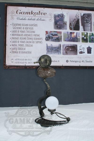 Pastatomas šviestuvas su akmeniu KOSMOS