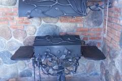 Мангал - шашлычница с вытяжной трубой ДЕРЕВО