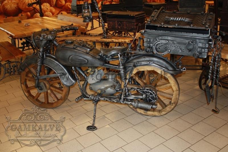 Kalviška kepsninė motociklas SENOVĖ